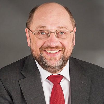 ドイツ大連立協議>NGOが金融取引税でtwitterアクション!