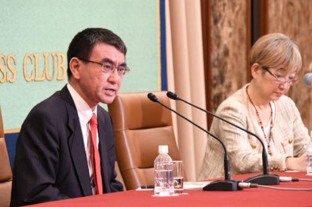 河野太郎外相(引続き)日本記者クラブやT20会合で国際連帯税を披瀝